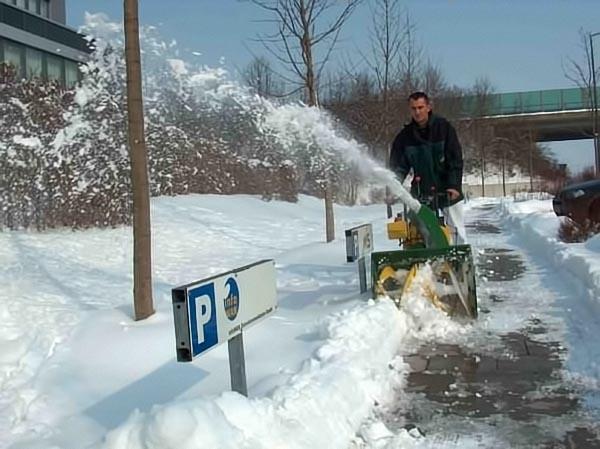 rhochrainer-fuhrpark-schneefräser.jpg