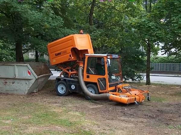 rhochrainer-fuhrpark-rasenmäher2.jpg
